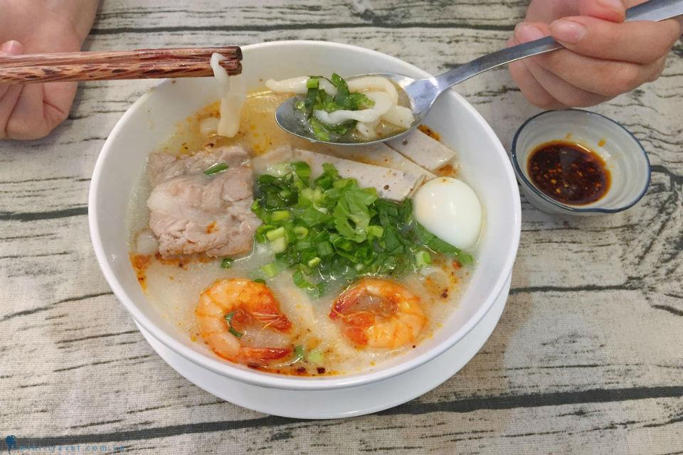Remember forever the delicious specialties of Ha Tinh